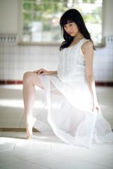 欅坂46・佐藤詩織がグラビアデビュー(C)小学館・週刊ビッグコミックスピリッツ
