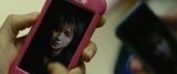 前作から10年後。映像からメッセージを発信する藤原竜也演じるキラ(C)大場つぐみ・小畑健/集英社(C)2016「DEATH NOTE」FILM PARTNERS
