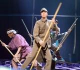 音楽劇『ダニー・ボーイズ〜いつも笑顔で歌を〜』フォトコールの様子 (C)ORICON NewS inc.
