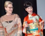 (左から)メリル・ストリープ、黒木華 (C)ORICON NewS inc.