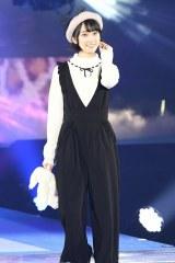 『GirlsAward 2016 AUTUMN/WINTER』に登場した乃木坂46の堀未央奈(写真:鈴木かずなり) (C)oricon ME inc.