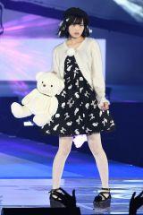 『GirlsAward 2016 AUTUMN/WINTER』に登場した欅坂46の欅坂46の平手友梨奈(写真:鈴木かずなり) (C)oricon ME inc.