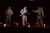 国内最大級のハロウィンイベント『ジャック・オー・ランド』のステージ上でゴーストバスターズを結成した(左から)渡部秀、吉沢亮、松島庄汰 (C)ORICON NewS inc.