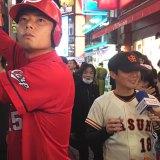 ものマネ芸人として活動している新丼貴浩さん(左)と桑田ます似さん(右)(C)ORICON NewS inc.