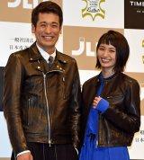 (左から)「ベストレザーニスト2016」に選出された佐藤隆太、岡本玲 (C)ORICON NewS inc.