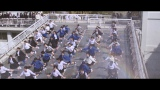 屋上で放水を浴びながら約80名のダンサーと踊るシーン=大塚製薬『ポカリスエット』の新CMより