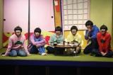 舞台版『おそ松さん』場面写真 (C)赤塚不二夫/「おそ松さん」on STAGE製作委員会2016