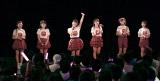 【ライブの模様】(左から)梁川奈々美、森戸知沙希、嗣永桃子、山木梨沙、小関舞、船木結