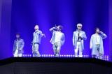日本ドームツアーをスタートさせたBIGBANG(左からV.I、SOL、G-DRAGON、T.O.P、D-LITE)