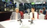 11月17日、テレビ東京で放送『それってタブーですか?』に出演する田原総一朗氏とSHELLY(C)テレビ東京