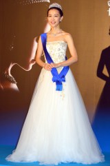デヴィッド・フィールデンのドレスで登場 (C)ORICON NewS inc.