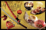ユニバーサル・スタジオ・ジャパンによるのスペクタクル・ショー『戦国・ザ・リアルat大坂城』「楽市楽座」で販売されるフード・グッズイメージ