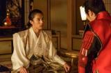NHK大河ドラマ『真田丸』第46回「砲弾」(11月20日放送)より。幸村と秀頼は次なる手について話し合う(C)NHK
