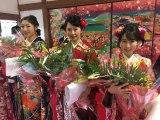 「ミス小野小町」グランプリに輝いた(写真左から)森内菜実さん、吉川舞さん、風谷南友さん