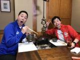 Wコージの深夜番組が23年ぶりに復活!名古屋で街ブラロケを行った(左から)東野幸治、今田耕司