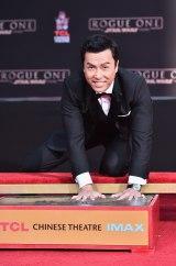 ハリウッドのTCLチャイニーズ・シアターに手形を残したドニー・イェン