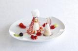 「資生堂パーラー 銀座本店 サロン・ド・カフェ」に雪だるまが乗ったキュートなデザートが登場
