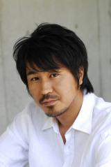 2017 年1月スタートの『闇芝居』で語りを担当する増本庄一郎