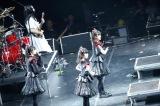 レッド・ホット・チリ・ペッパーズのUKツアーに帯同中のBABYMETAL Photo by Tsukasa Miyoshi (Showcase)