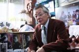 柳原朔太郎役の斉木しげる(C)2017 映画「3月のライオン」製作委員会