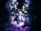 ビジュアル系ロックユニット・LM.Cのmaya(左)とaiji