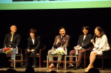 浦上晟周(左から2人目)は「真田レッドに髪を染めました」(C)NHK