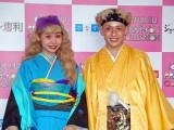 振袖、袴姿でファッションショーに登場したぺこ&りゅうちぇる。2016年、大活躍でした(C)ORICON NewS inc.