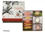 『<ディズニー>新春ギフトボックス(9種19個入)』(1512円)
