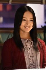 12月28日放送、テレビ朝日系ドラマ『緊Q不倫速報』に出演する祐真キキ。初の日本ドラマで復讐に燃える女を熱演(C)テレビ朝日