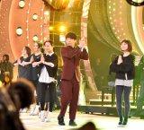 """""""恋ダンス""""を披露した星野源 (C)ORICON NewS inc."""