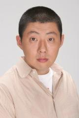 1月13日スタート、テレビ東京系ドラマ24『バイプレイヤーズ〜もしも6人の名脇役がシェアハウスで暮らしたら〜』第2話にゲスト出演する荒川良々