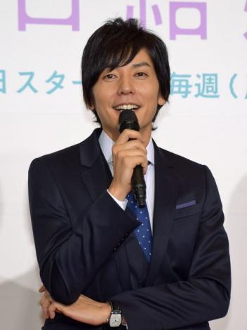 月9製作会見に臨むの山村隆太さん