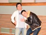 タレントの山口もえが妊娠を発表したことを受け、取材に応じた夫の爆笑問題・田中裕二(左)。相方の太田光(右)もこの笑顔(C)ORICON NewS inc.