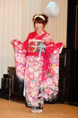 「AKB48グループ成人式記念撮影会」に参加したNMB48の吉田朱里(C)AKS