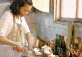 映画『ママ、ごはんまだ?』公開初日に復帰予定の河合美智子 (C)一青妙/講談社(C)2016「ママ、ごはんまだ?」製作委員会
