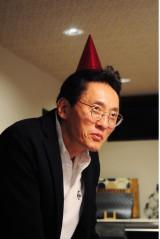 1月13日スタート、テレビ東京系ドラマ24『バイプレイヤーズ〜もしも6人の名脇役がシェアハウスで暮らしたら〜』第1話より。松重豊(C)「バイプレイヤーズ」製作委員会