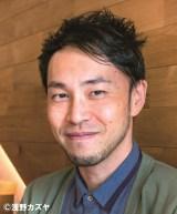 関ジャニ∞丸山隆平が主演する映画『泥棒役者』でメガホンをとる西田征史監督