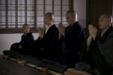 NHK大河ドラマ『おんな城主 直虎』第4回より。出家した翌日から、厳しい修行がはじまる(C)NHK