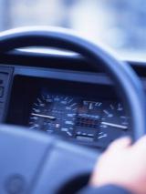 免許返納をすると取得できる「運転経歴証明書」。受けられる特典とは?