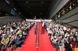 映画『相棒-劇場版IV-』凱旋イベントの模様。JR小倉駅大階段の様子