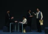 小林賢太郎の作・演出による、新しいコントブランド「カジャラ」。旗揚げ公演となる『大人たるもの』がBlu-ray&DVDで登場(C)2016TWINKLE CORPORATION
