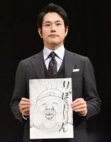松山ケンイチは漫☆画太郎氏が描いたイラストを持参。自身が出演した映画をあわせて、『珍遊記』のなかにいる村山聖さんを描いてもらった (C)ORICON NewS inc.
