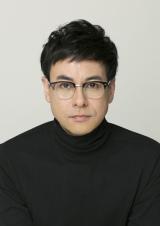 フジテレビ系ドラマ『人は見た目が100パーセント』に出演する鈴木浩介