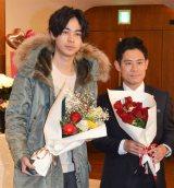フジテレビ系連続ドラマ『大貧乏』スペシャルファンミーティングに出席した(左から)成田凌、伊藤淳史 (C)ORICON NewS inc.