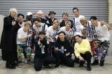 三代目 J Soul Brothersのナゴヤドーム公演で復帰したMAKIDAI(前列中央)