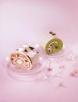 昨年登場した桜と抹茶のロールケーキ
