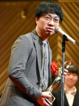 『第71回毎日映画コンクール』表彰式に出席した新海誠監督 (C)ORICON NewS inc.
