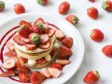 「J.S.PANCAKE CAFE」から苺を主役にしたスイーツ5種が登場!