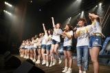 サプライズで香川、高知公演が発表されメンバーも歓喜(C)AKS