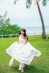 初めてのウエディングドレス姿も披露 撮影:唐木貴央